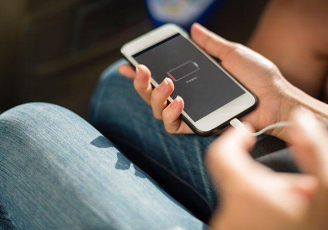 cara memperbaiki iPhone mati total tidak bisa di charge